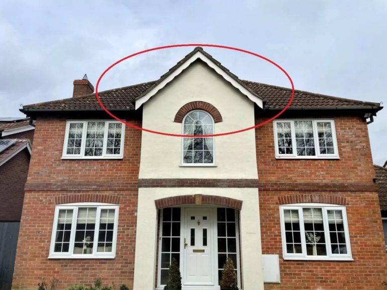Scalloped-Bargeboards-from-Essex-Fascias-07711-608841-1024x768-770x577 Scalloped Bargeboards